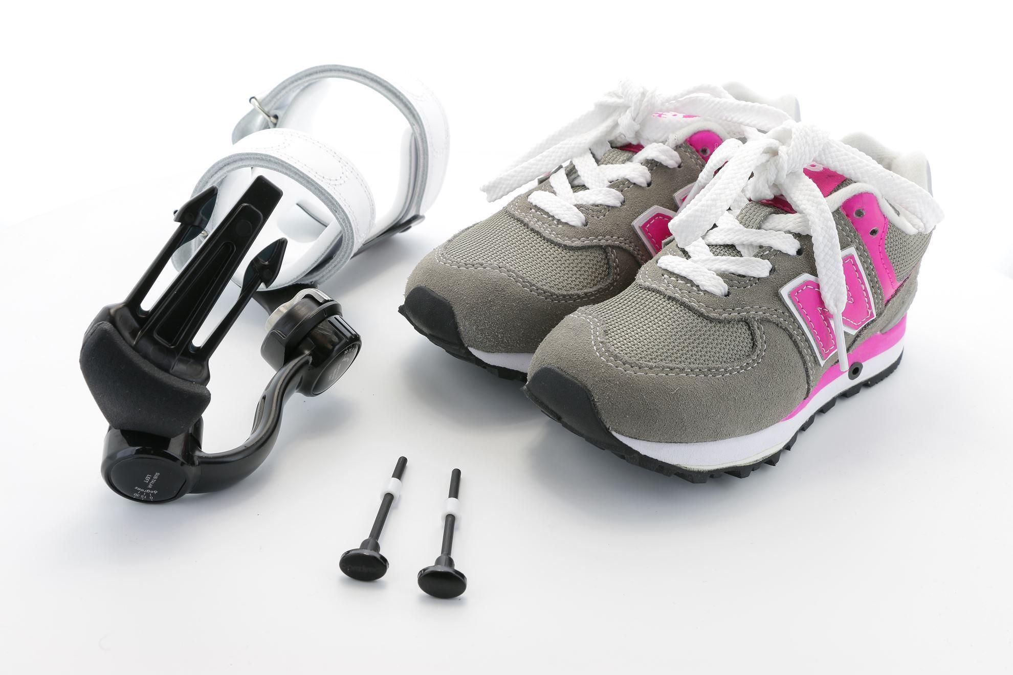 Ambulatory ADM, Unilateral incl. adapted footwear (pair)